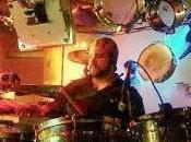 David Ferrer toca batería horas seguidas pero consigue Guinness