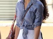 Jessica Alba borsalino camisa anudada
