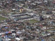 Filipinas: muertos sólo ciudad, tras paso Haiyán