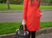 Otro vestido rojo
