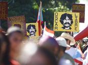 Marchando Oscar López Rivera
