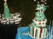 apetece pastelito? want cupcake?