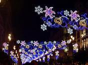 Iluminación navideña Avenida Constitución.
