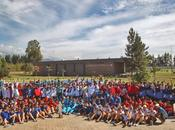 Escolares visitan campeón nacional fútbol posan copa
