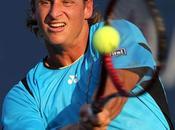 Open: Nalbandian sufrió, pero está segunda