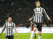 Llorente Tévez medio título Juventus