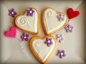 Galletas corazón flores lilas