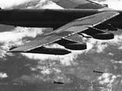 B-52 bombardean Vietnam Norte
