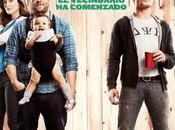 """Nuevo band trailer para españa """"malditos vecinos"""""""