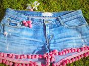 shorts pompones
