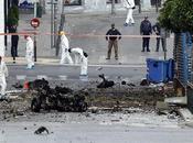 Estalla coche bomba frente sucursal Banco Grecia Atenas