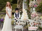 What should wear wedding