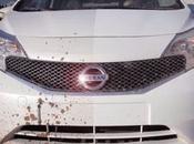 Nissan anuncia prueba nueva pintura evita auto ensucie