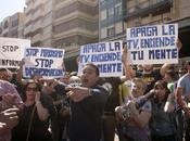 lanzamiento plátano Alves grave, manifestación apoyo autor... vergonzosa