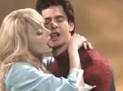 Spidey Emma saben besar, suerte para está Chris Martin