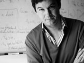 "ECONOMIA: Capital siglo XXI"" Thomas Piketty."