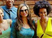 Beyoncé, Solange Knowles posan familia