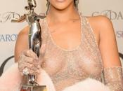 Rihanna: eterna hortera poseída Cruella galardonada como icono moda