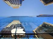 Según Nikkei Apple lanzará smartwatch Octubre, iOS8 pantalla táctil OLED curva