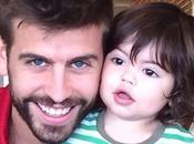 Shakira felicita Piqué Padre