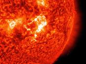 emite llamarada solar nivel medio.