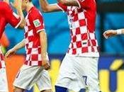 Croacia sueña, Camerún despide.
