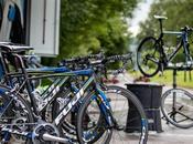 Fuji Bikes patrocinador cuadro para equipo profesional continental NetApp-Endura