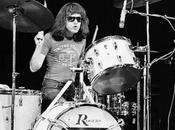 [Opinión] Tras muerte Tommy Ramone, último componente Ramones, postureo vuelve carga