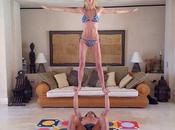 Vanesa Lorenzo Carles Puyol entretienen practicando yoga