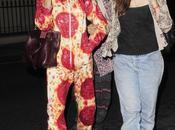 Cara Delevingne sigue pasos Katy Perry disfraza pizza