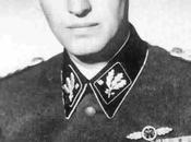 Reinhard Spitzy, Pasiego, oficial secretario ministro Exteriores Hitler