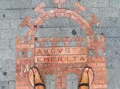 Mérida Running corriendo como romano, sandalias