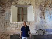 tesoro XVII oculto bajo yeso ermita Segovia
