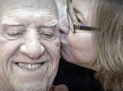 cuidadores pacientes demencia mayoritariamente familiares directos enfermo