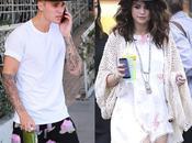 Justin Bieber pide Selena Gómez viva
