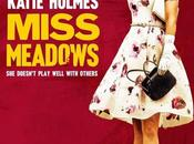 "Primer póster comedia negra ""miss meadows"" katie holmes"