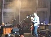 Chris Martin toca Kings Leon Hollywood