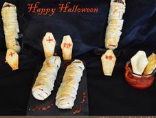Unas salchichas momia para Halloween