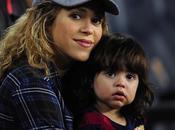 Shakira lanza propia línea juguetes para bebés
