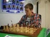campeón Islandia 2014, sale airoso reto