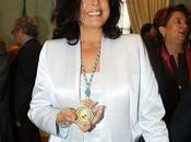 Isabel Pantoja deberá devolver medalla Andalucía