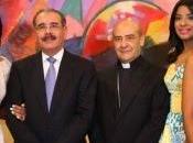 Monseñor Benito: Familia presidencial testimonia valores sencillez servicio