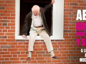 "venta abuelo saltó ventana largó"", dirigida Felix Herngren"