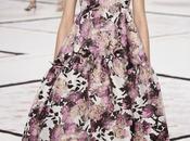 Giambattista Valli llena Pasarela París 2015 vestidos flores románticos