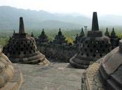 Cinco templos perderte Indonesia