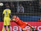 Courtois salva empate para Chelsea París (1-1)