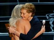 Lady Gaga abraza Julie Andrews OSCARS 2015!?