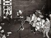 (GRUPOS ¡CHICAS, CHICAS, CHICAS! Parodiando película protagonizada Elvis 1962, parece oportuno este revisar algunos grupos íntegramente femeninos significados rock. olvidar ellas estaban