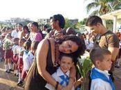 ¿Adoctrinan hijo Cuba?