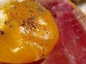 "Tosta jamón serrano huevo poché (""Egg toast"" tuneado)"